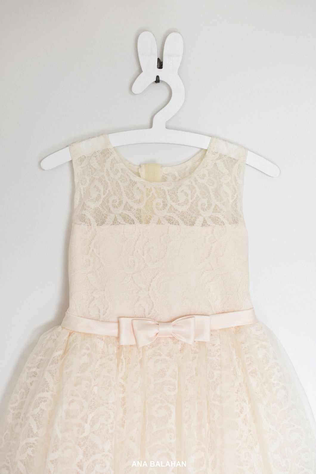 Cream beautiful lace girl dress Bella front view