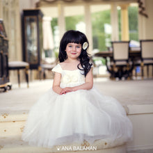Load image into Gallery viewer, Girl in Annabelle dress sitting on steps