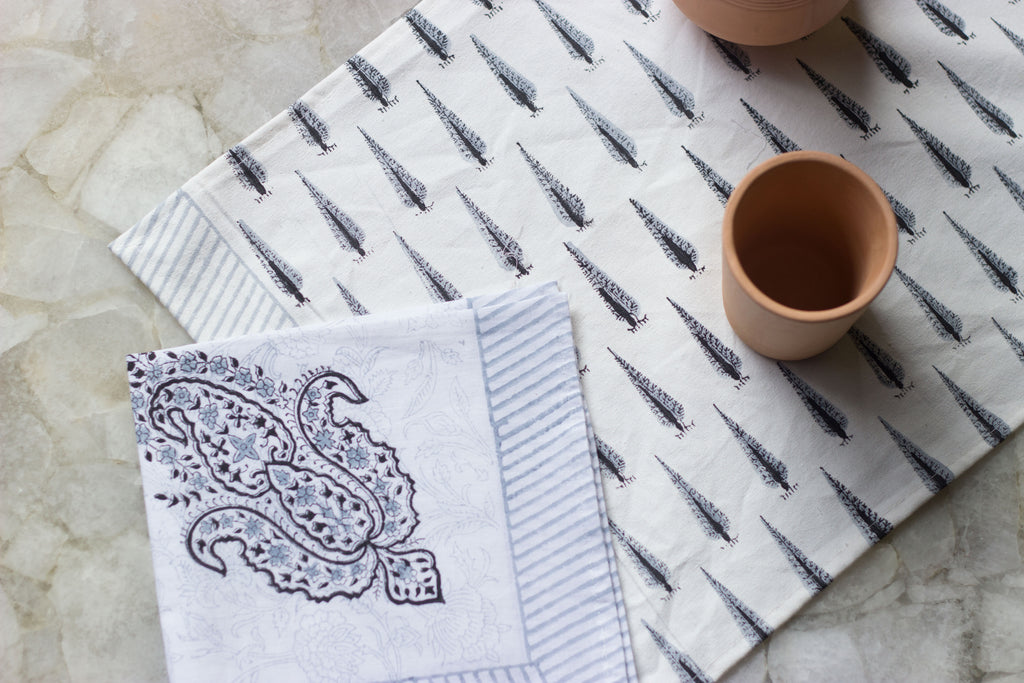 Cypress Print Table Mat & Napkin Set
