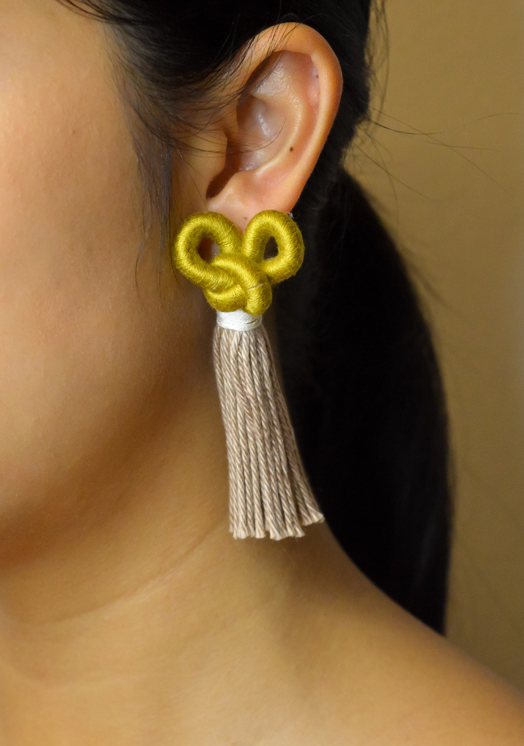 Madu Knot Earrings in Gold and Wheat