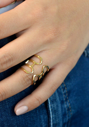 Eve Short Ring