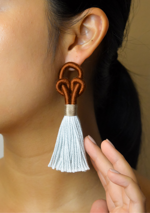 Unta Knot Earrings in Umber and Oasis