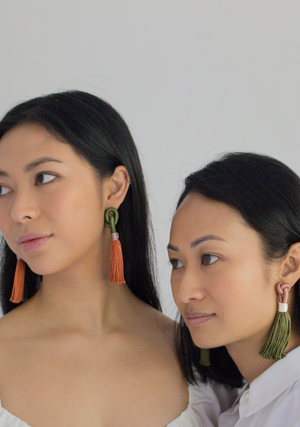 Rusa Knot Earrings in Hunter and Red Earth