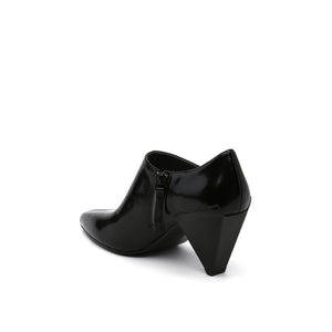 DELTA PURE PUMP BLACK