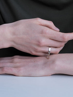 Attaché Ring