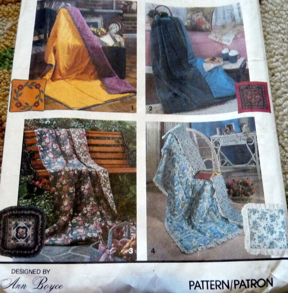 *LOVELY PILLOW IN A QUILT Sewing Pattern Uncut