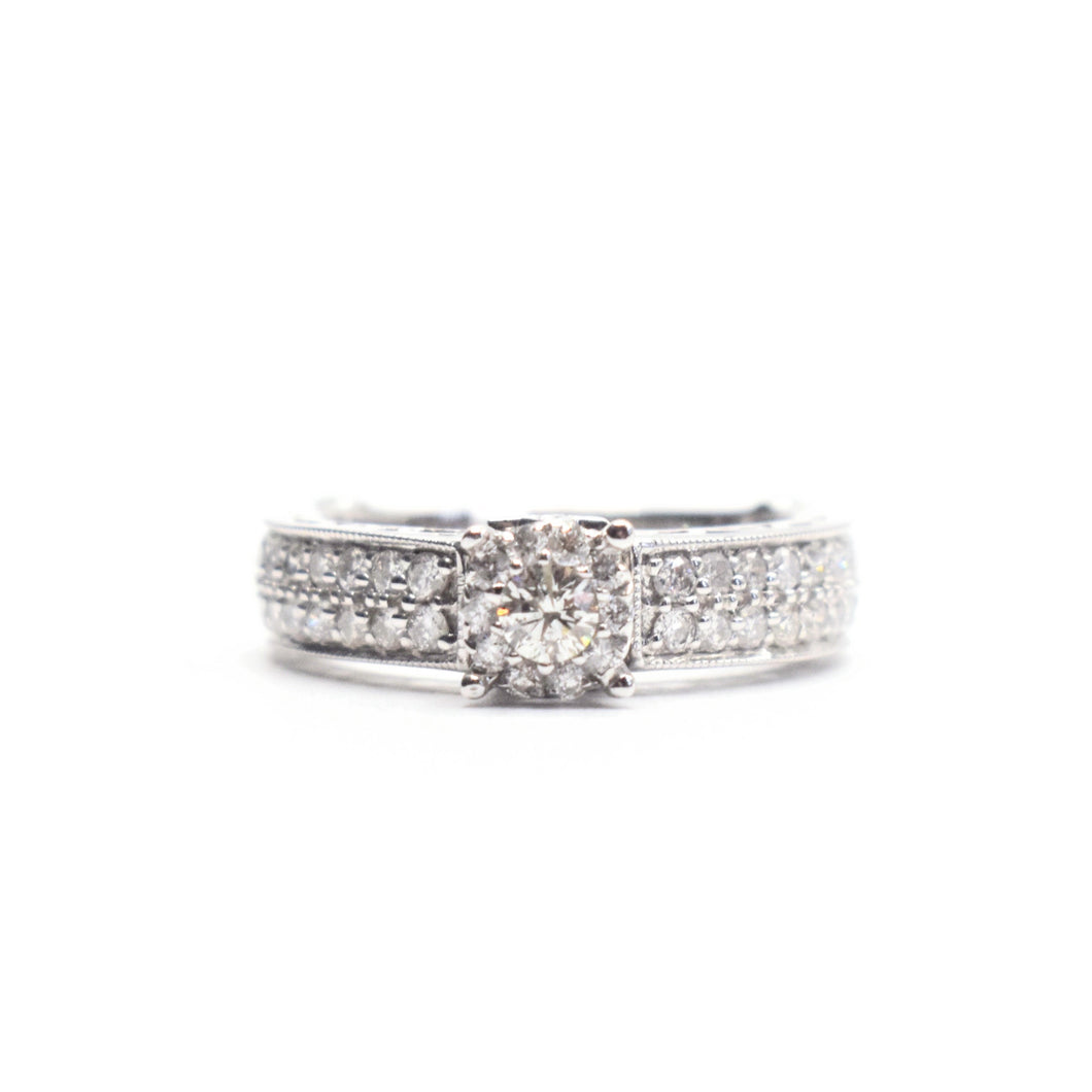 14K Gold Engagment Ring with 1.10ct diamonds