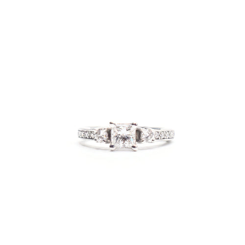 18K Gold Engagement Ring with a Princess Cut center stone and 1.50 tcw