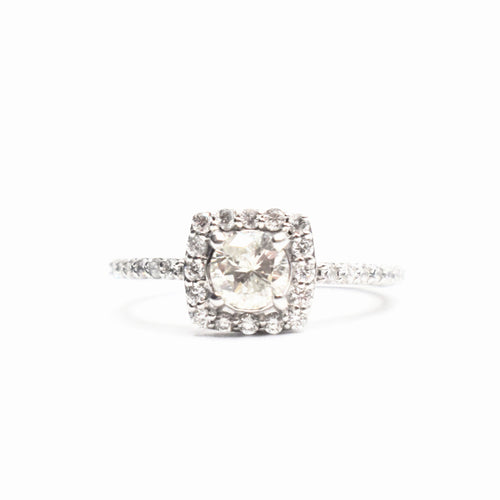 14K Gold Engagement Ring with 1.11ct of Round Diamonds