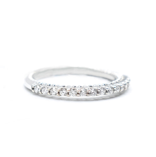 Women's Wedding Band with Round Diamonds Set in 14K Gold