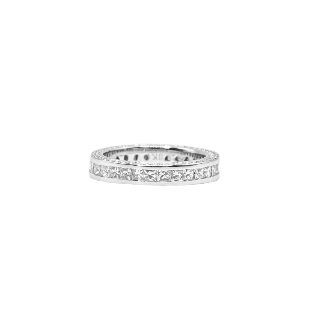 18K Gold Eternity Band with 2.80ct of Diamonds
