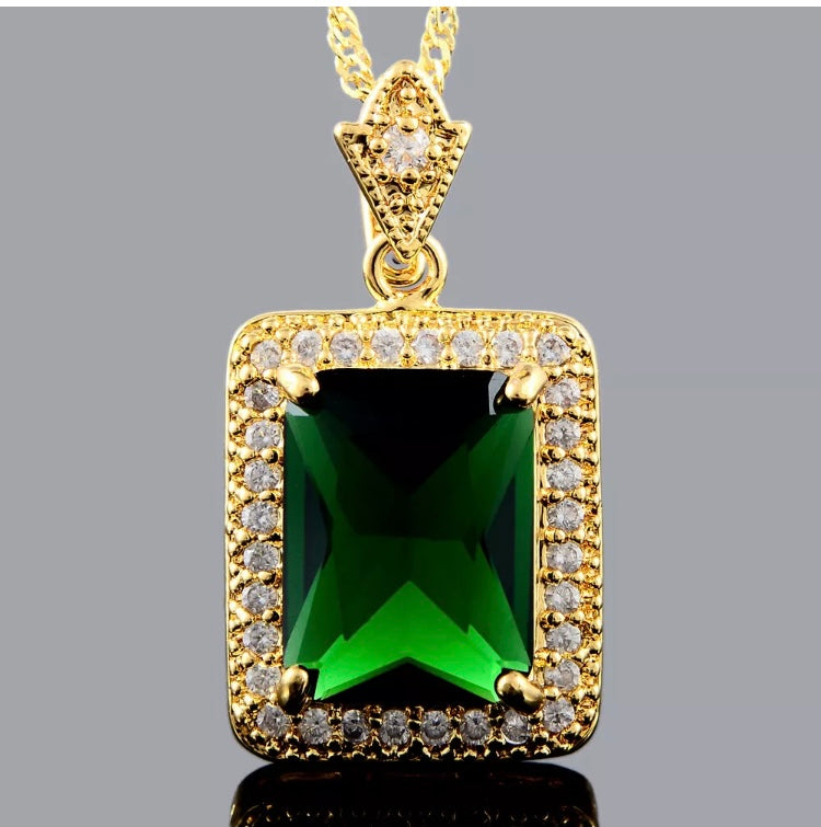 Emerald Luxe Necklace