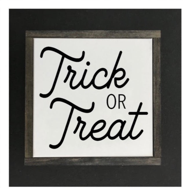 Halloween - Trick or Treat Canvas Sign