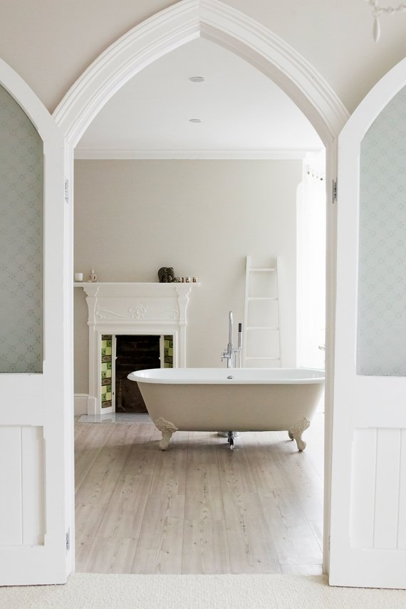 Farrow and Ball, Skimming Stone 241