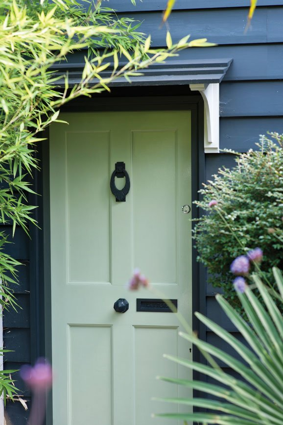 Farrow and Ball, Green Ground 206