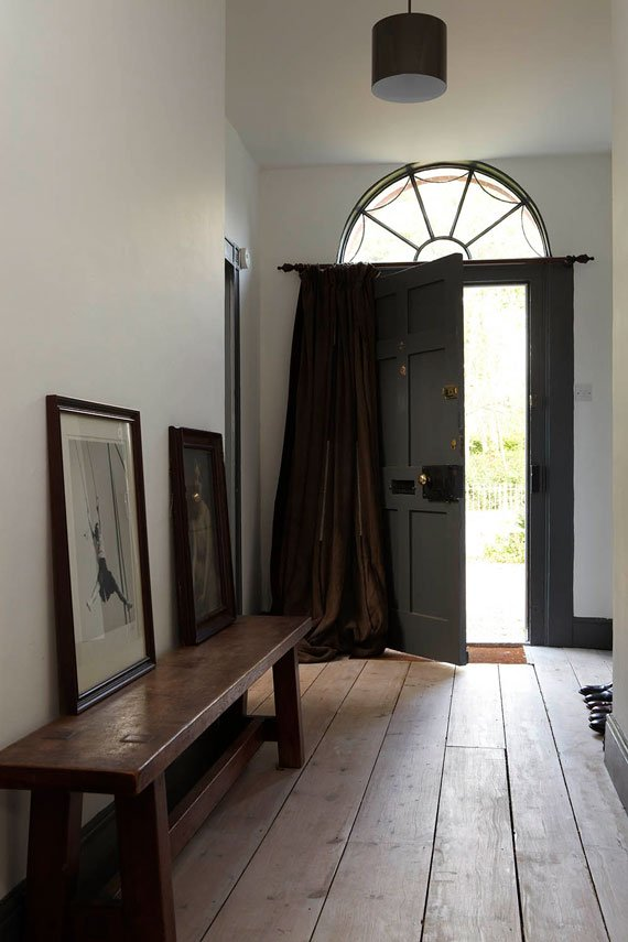 Farrow and Ball, Strong White 2001