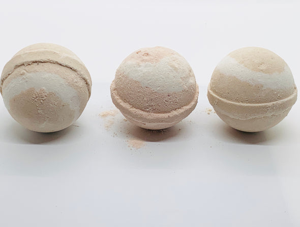 Almond Coconut Bath Bomb - High Tide Herbal ™