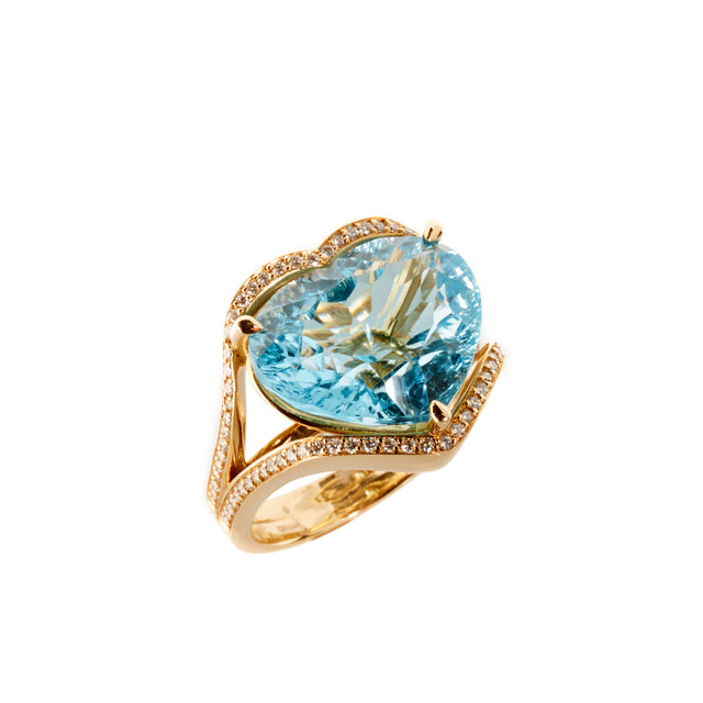 Heart topaz and diamond ring set in yellow gold. Designed by Biagio Patalano for the Artistry Collection.