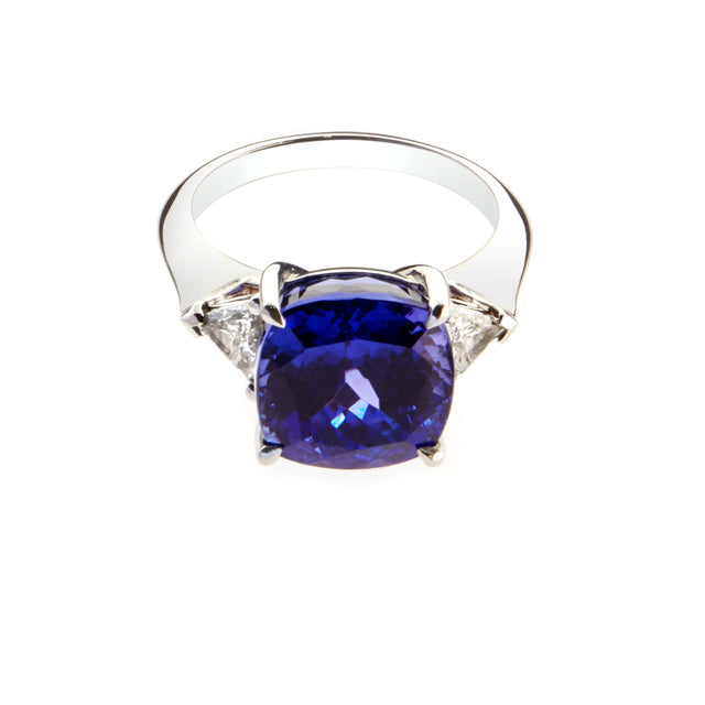 Trilliant diamond and cushion cut tanzanite ring designed by Biagio Patalano.