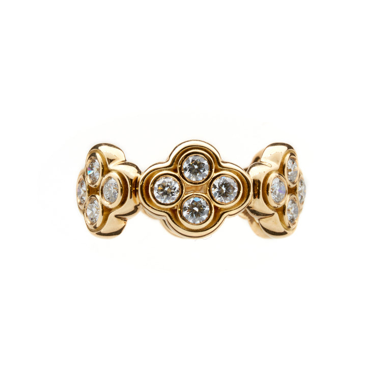 18ct gold and diamond ring. Part of the Rinascimento Luminosa collection by Biagio Patalano.