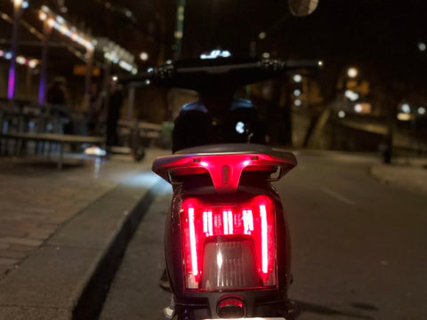 super soco cu x phare scooter electrique