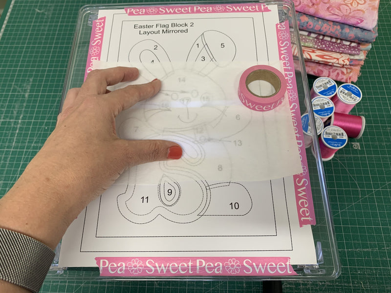 Make Your Own Light Box | Sew Sweet Pea