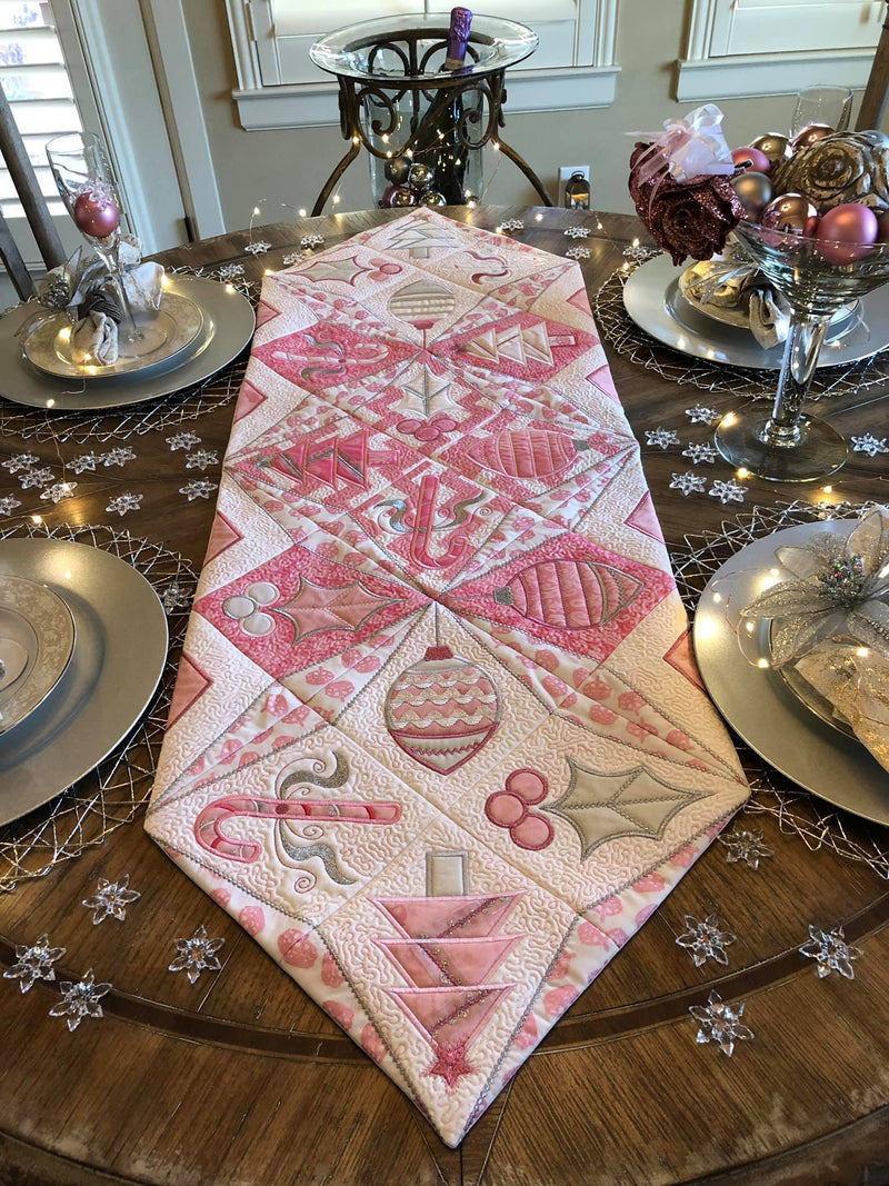 Christmas Star Table Runner 4x4 5x5 6x6 - Sweet Pea In The Hoop Machine Embroidery Design