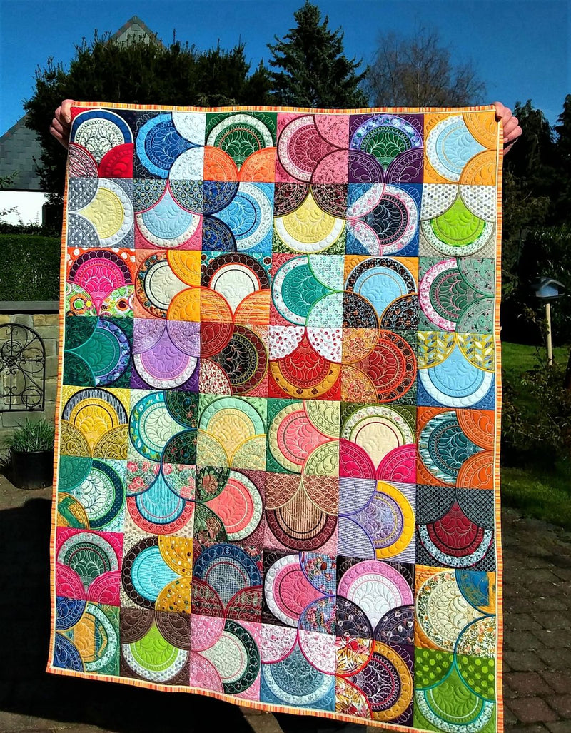 Scallop Block and Quilt 4x4 5x5 6x6 7x7