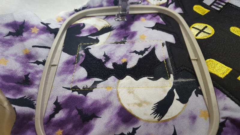 Spooky House Trick or Treat Tote Bag 5x7 - Sweet Pea In The Hoop Machine Embroidery Design