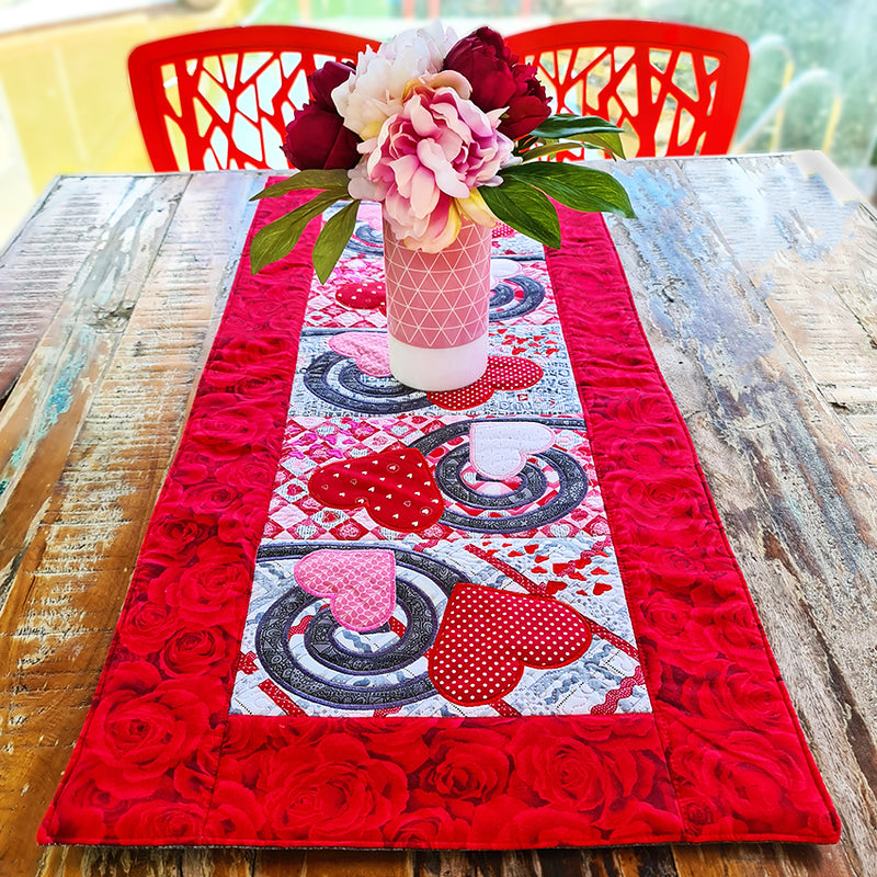 Hearts and Swirls Table Runner 5x7 6x10 8x12