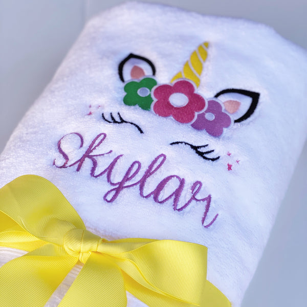 White Bath Towel with Motif
