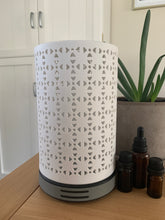 Load image into Gallery viewer, Tower Ceramic Humidifying Aromatherapy Diffuser