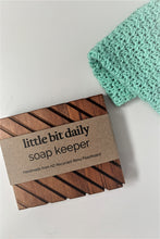 Load image into Gallery viewer, Soap Keeper Small Rimu