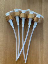 Load image into Gallery viewer, Bamboo & White Pump Closures 5 Pack - 24mm Neck LIDS ONLY