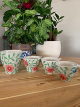 Load image into Gallery viewer, Floral Measuring Cups
