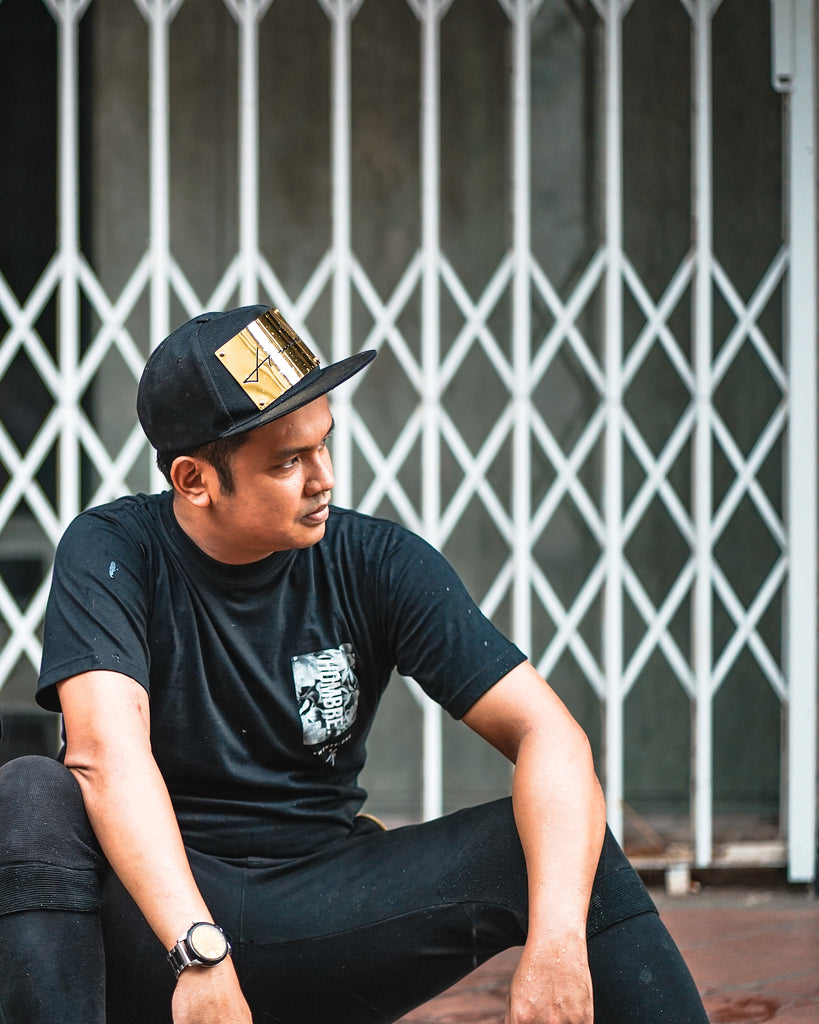 BLACKGOLDSERIES: METAL PLATE SNAPBACK