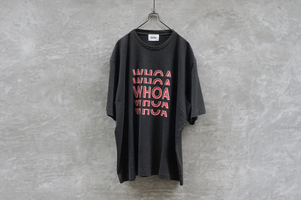 Blurhms Whoa Tee Loose Fit Black - OKURA