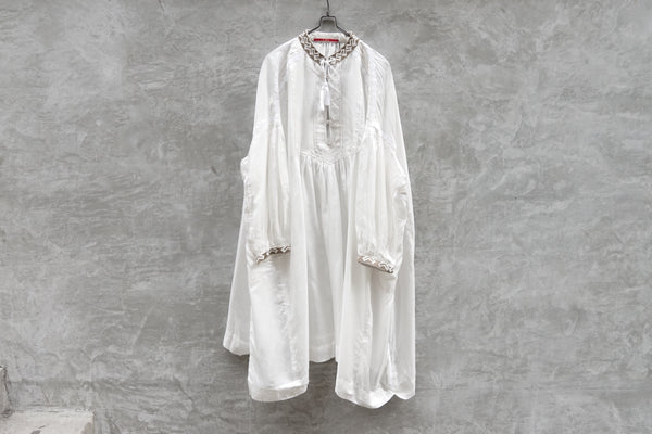 Leh Embroidery Transylvania Silk Dress White