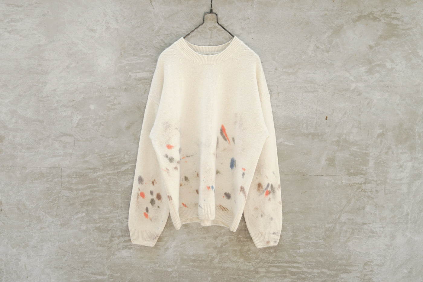 Auralee White Bay Cashmere Knit Hanf Painted P/O White