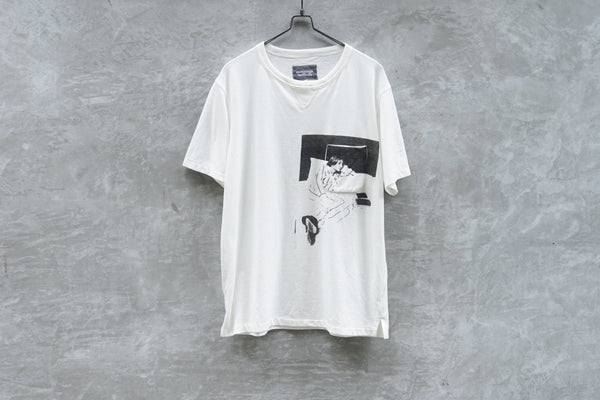 TAKAHIROMIYASHITA The Soloist. Kenji Kubo Pocket on Pocket Tee with Kurt Print - OKURA