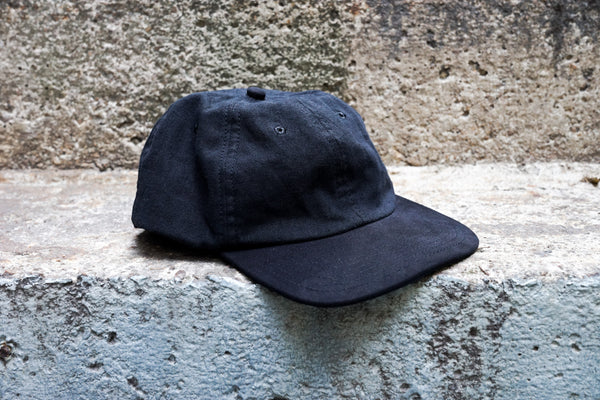 Easy To Wear Cap Linen Canvas Black - OKURA