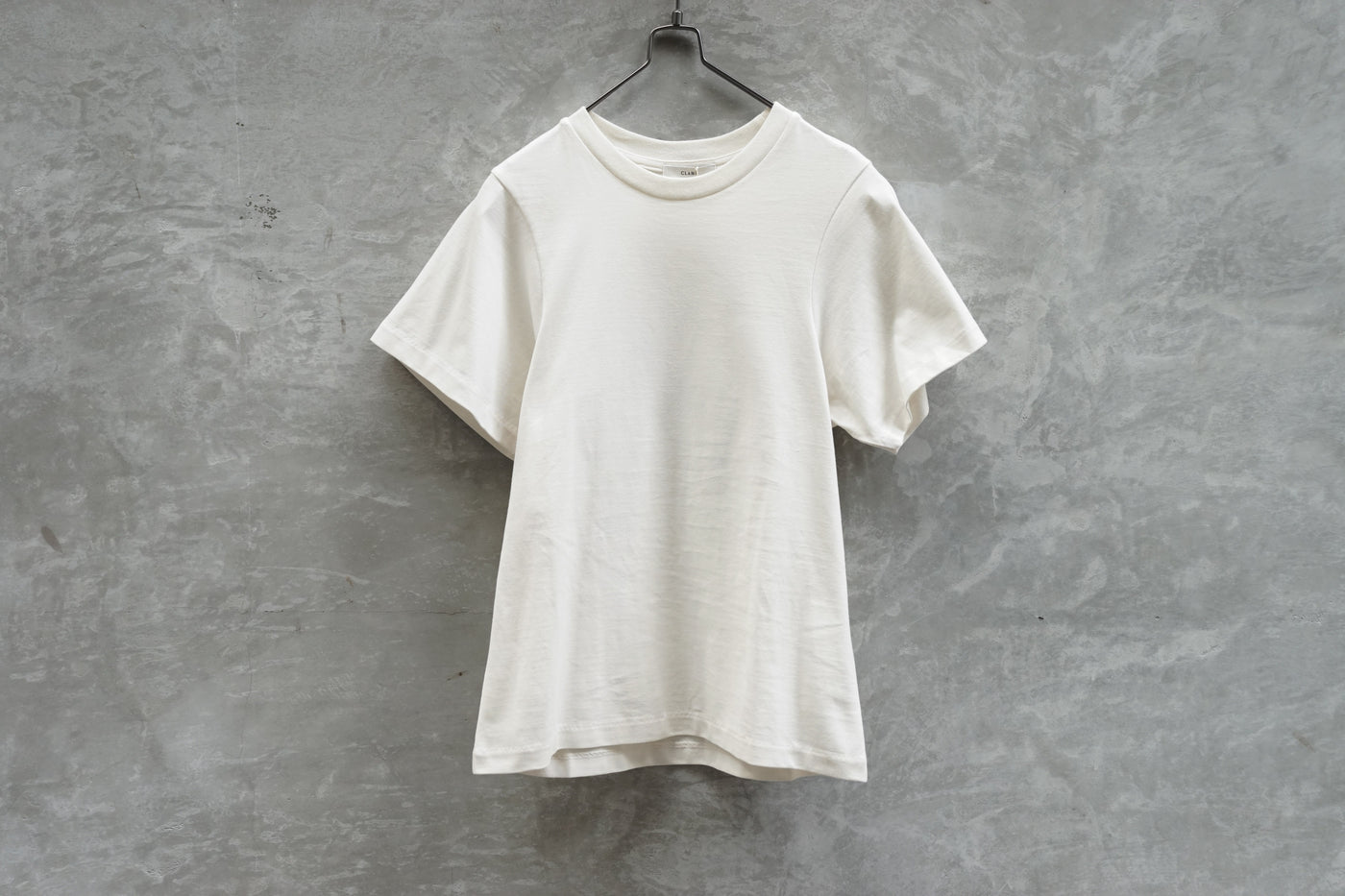 Clane Scoop Sleeve Compact Tops Off White
