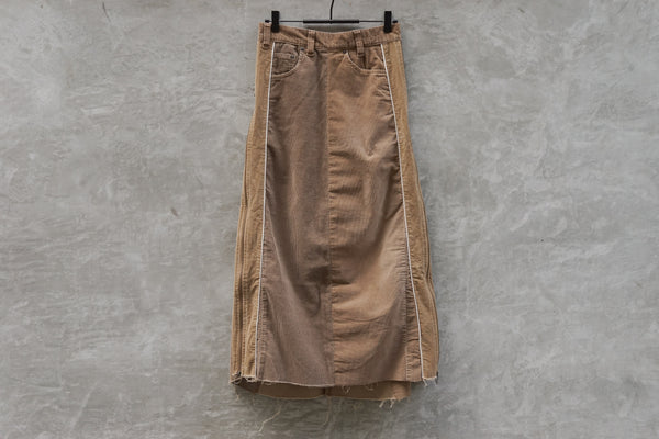 77 Circa Circa Make Side Open Corduroy Skirt Beige