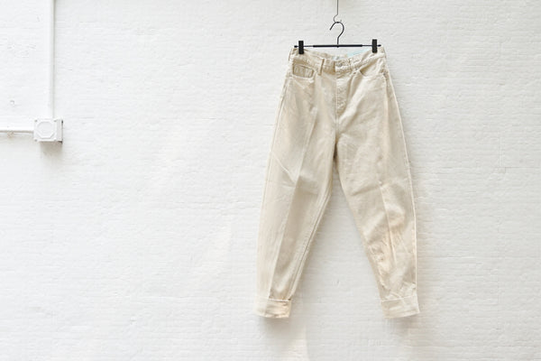 Nepla Roll-Up Tapered Bontanical Jeans / Women Off White - OKURA