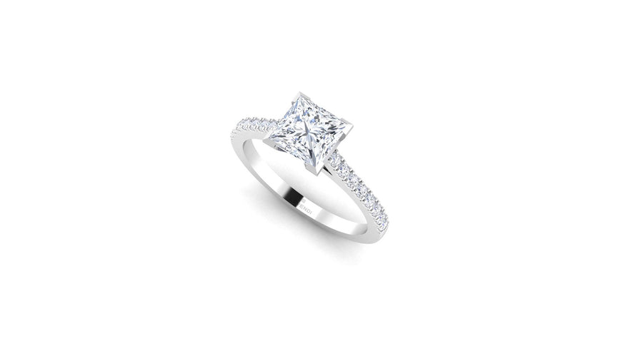 CLASIC LEVENDI - 4 CLAW PRINCESS CUT DIAMOND BAND