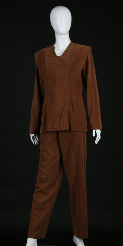"*SOLD* Screen-Used STAR TREK: VOYAGER Akemi Royer ""Med Tech"" Costume from ""Workforce"""