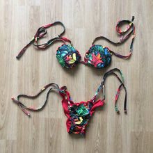 Load image into Gallery viewer, Toucan forest string bikini