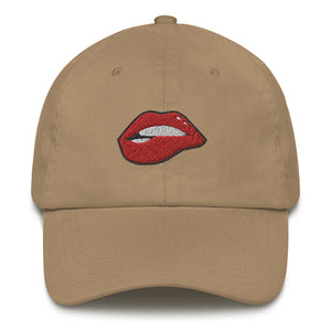 Lips Lay Low hat
