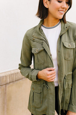 Atlas Tencel Anorak In Olive | Frances Blue Boutique