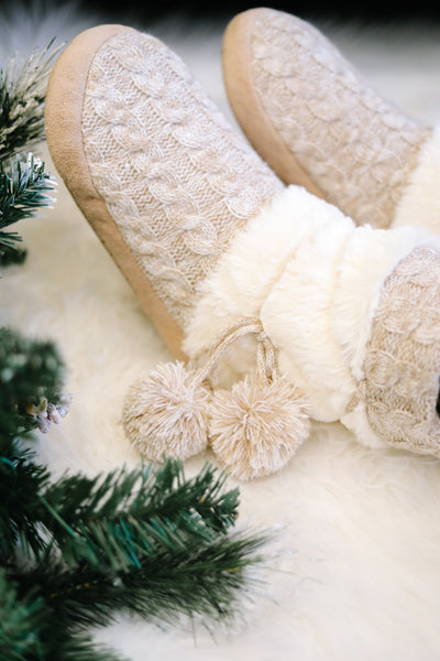 Oatmeal Cable Knit Slippers Lined with Fleece Sherpa - Women | Frances Blue Boutique
